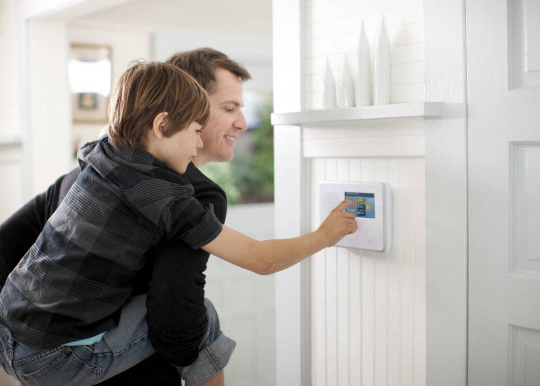 alarm panel wall 1119x800 - آموزش نحوه اتصال برق بر روی سیستم دزدگیر-الکامپ